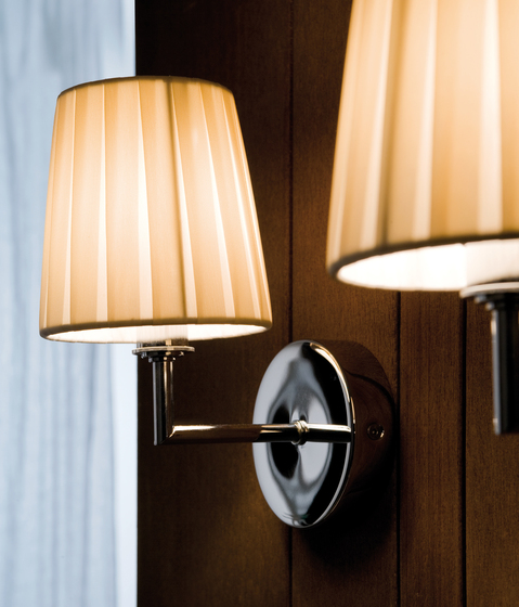 Nura Wall light by LUCENTE | Wall lights
