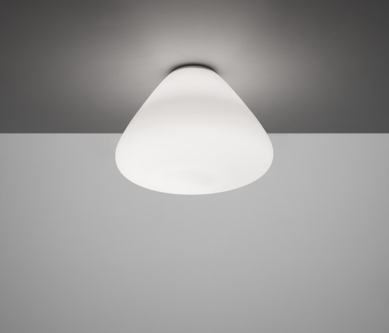 Capsule ceiling lamp by Artemide | General lighting