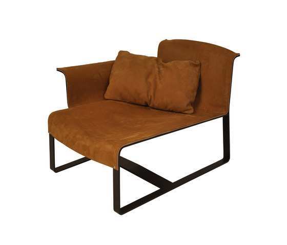 F003 seat by FOUNDED | Chaise longues