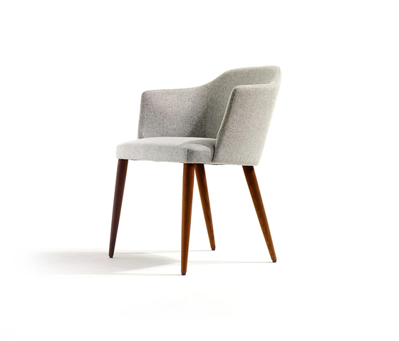 Axel by Crassevig | Restaurant chairs
