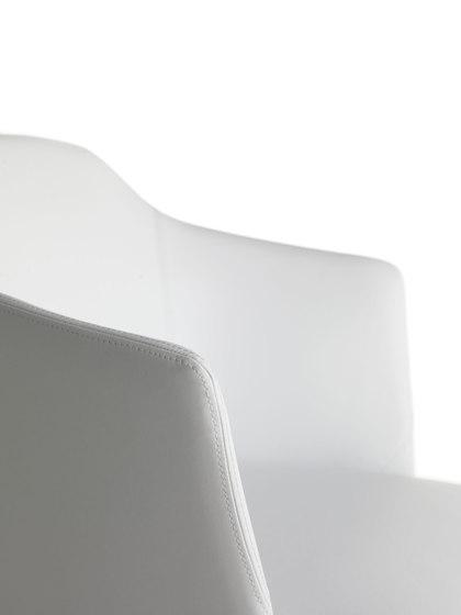 Axel 80P/4L de Crassevig | Sillas para restaurantes
