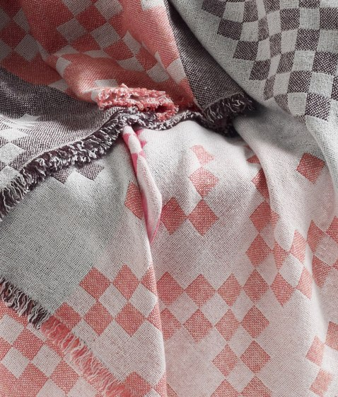 Mega Knit by Hay | Plaids / Blankets