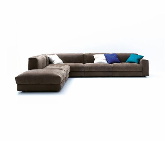 Softly by ARFLEX | Lounge sofas