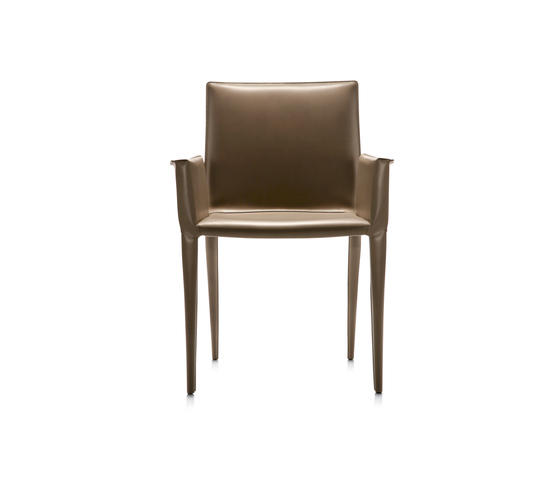 Latina P armchair de Frag | Chaises de restaurant