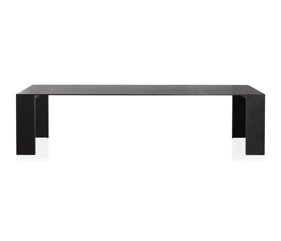 Metallico black table by PORRO | Restaurant tables