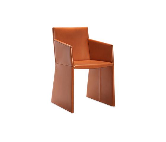 Nika 2P armchair de Frag | Sillas para restaurantes