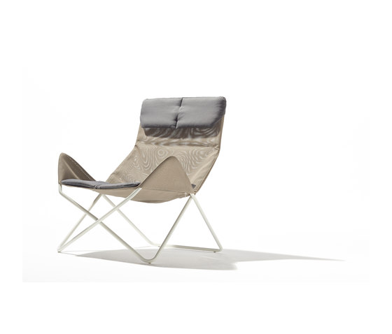 In-Out lounge chair outdoor by Lampert | Garden armchairs