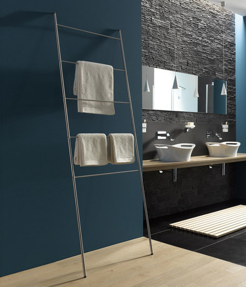 Handtuchleiter htl 18 600 handtuchhalter von phos design for Handtuchhalter design