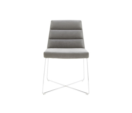 Guggen by Ligne Roset | Restaurant chairs