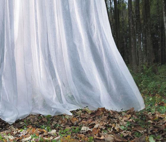 Yanis de Création Baumann | Tissus pour rideaux