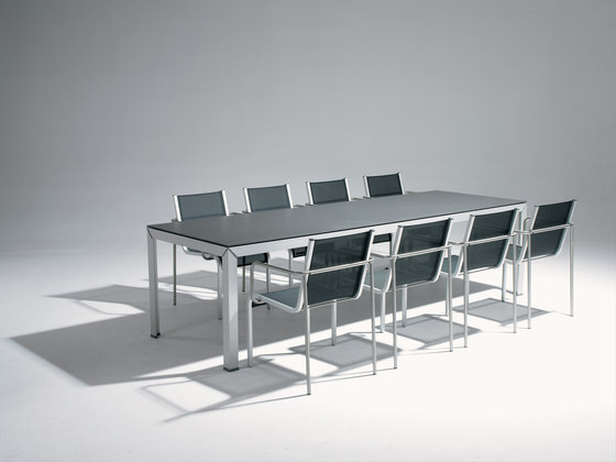 Extempore Still table by extremis | Dining tables