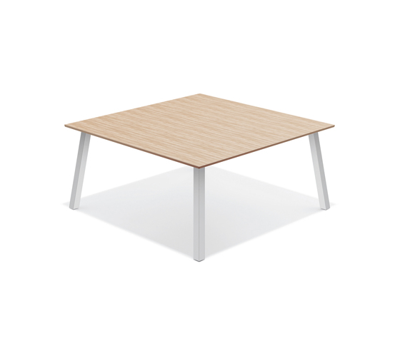 Wishbone 6620/17 by Casala | Canteen tables