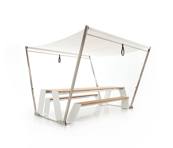 Hopper shade by extremis | Tables and benches