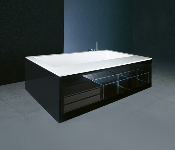 Swim by Boffi | Free-standing baths