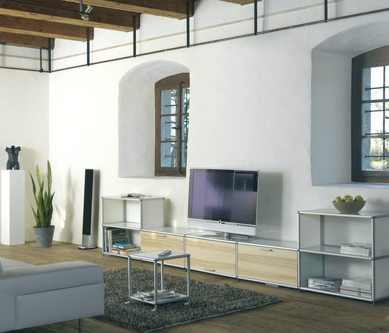 spinoff Regalsystem by formfarm | Multimedia sideboards