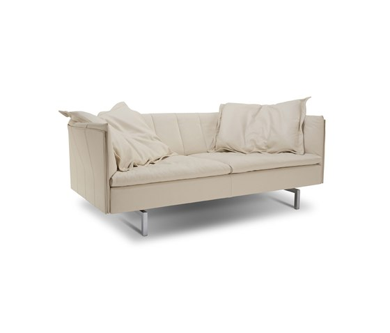 Milton Sofa by Jori | Lounge sofas