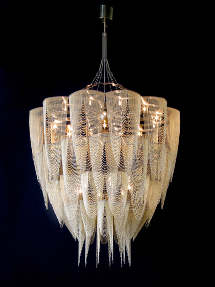 Protea - 1000 - suspended by Willowlamp | Lighting objects