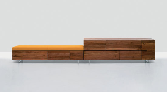 Podest Long Low by Zeitraum | Upholstered benches