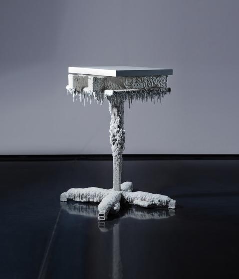 Varnish Table by Neue Wiener Werkstätte | Side tables