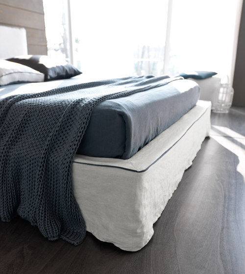 Bee Chic by Bolzan Letti | Double beds