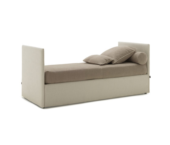 Line 03 by Bolzan Letti | Single beds