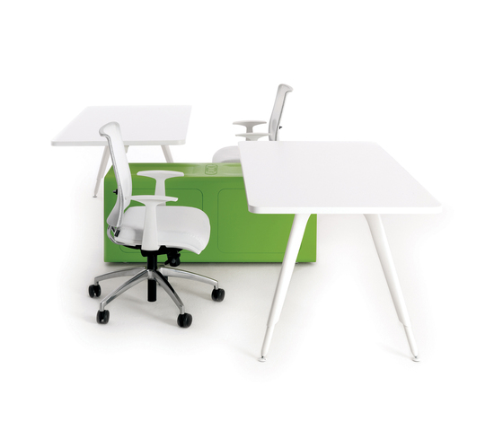 Beta unopuntozero by Tecno | Individual desks