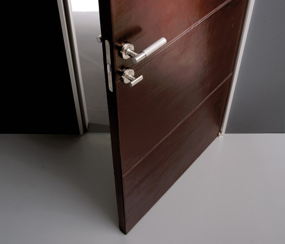 Planus leather by TRE-P & TRE-Più | Internal doors