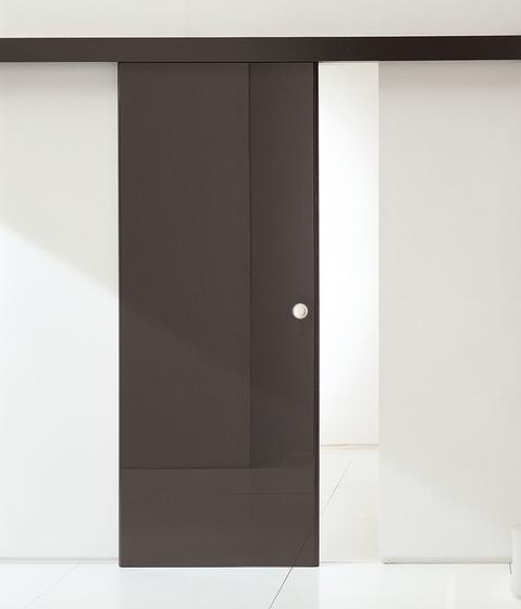 Rever sliding outside the wall by TRE-P & TRE-Più | Internal doors