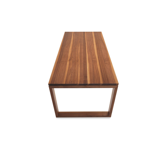 ANDRA Extendable solid wood table di Girsberger | Tavoli riunione