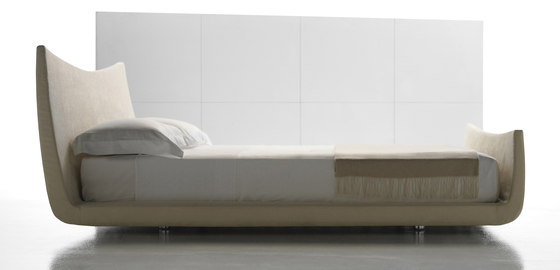 Cocoon Bed by Via Della Spiga | Double beds