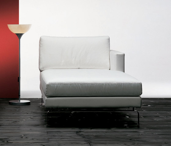 Mizar Chaise Longue by Via Della Spiga | Chaise longues