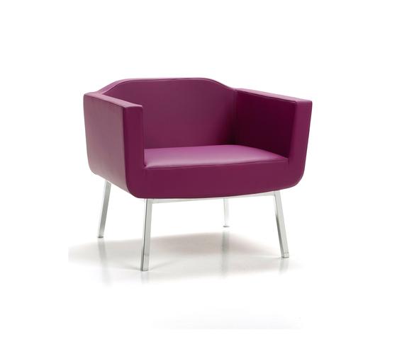 Namib Arm Chair by Via Della Spiga | Lounge chairs