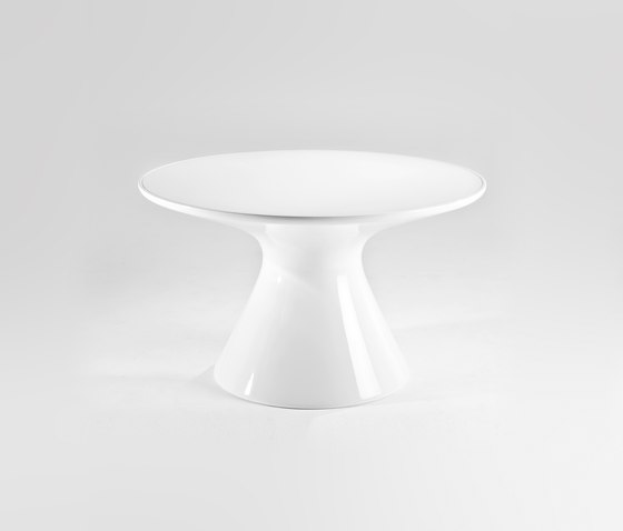King Top by Kartell | Dining tables