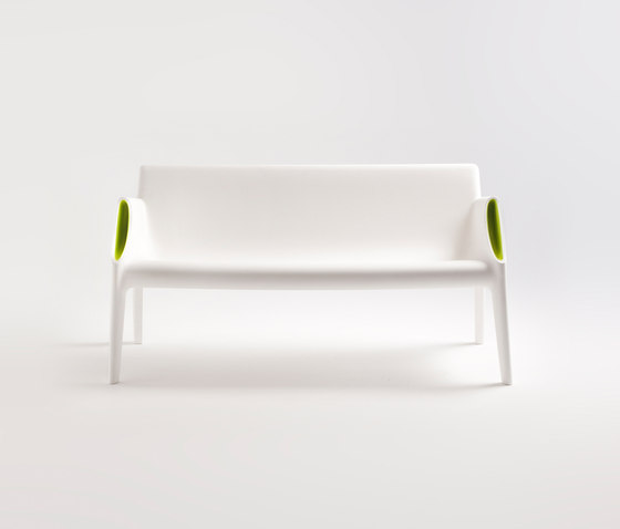 Magic Hole de Kartell | Bancos de espera