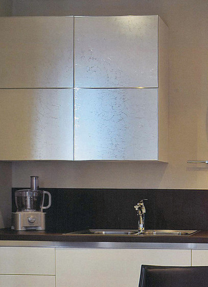 Madras® Uadi Silver by Vitrealspecchi | Decorative glass