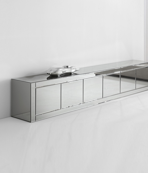 Avantgarde Credenza low by Reflex | Sideboards