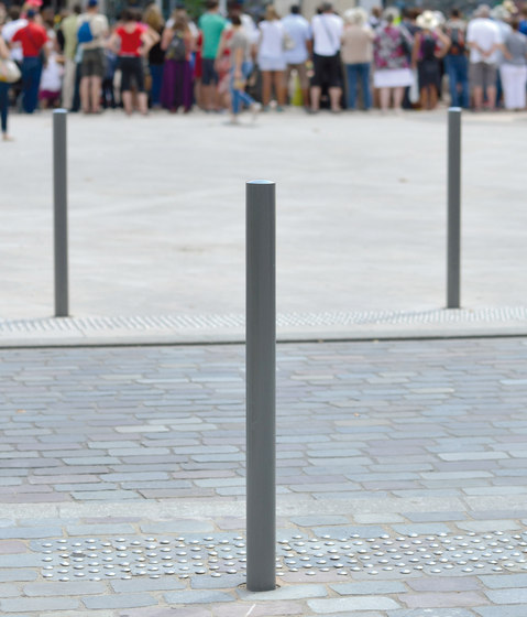 Acropole Bollard by AREA | Bollards