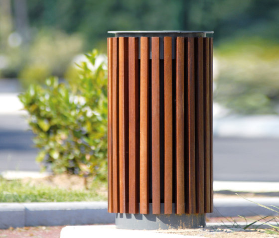 Coquelicot Litter bin by AREA | Exterior bins