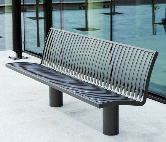 Denver metal Outdoor Bench by AREA | Exterior benches
