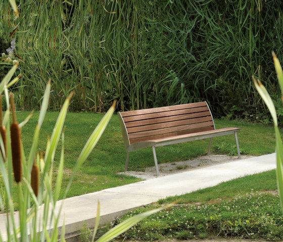 Miami Outdoor Bench by AREA | Exterior benches
