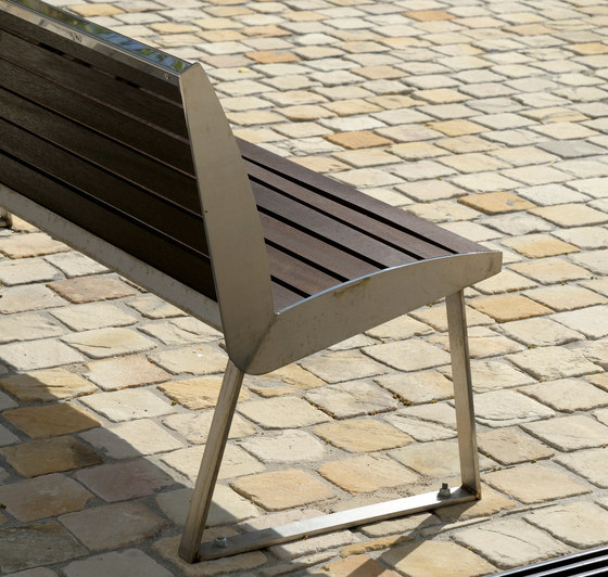 Miami Outdoor Bench de AREA | Bancos de exterior