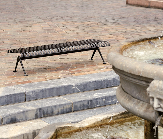 Porto Outdoor Bench by AREA | Exterior benches