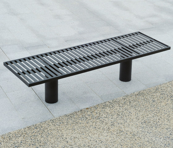 Toronto metal Outdoor Bench by AREA | Exterior benches