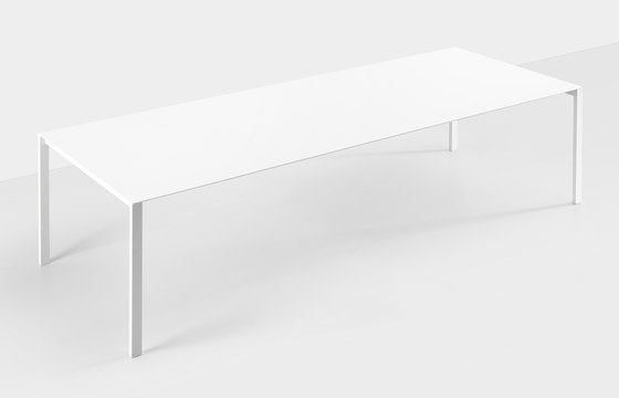 Thin-K aluminium table by Kristalia | Dining tables