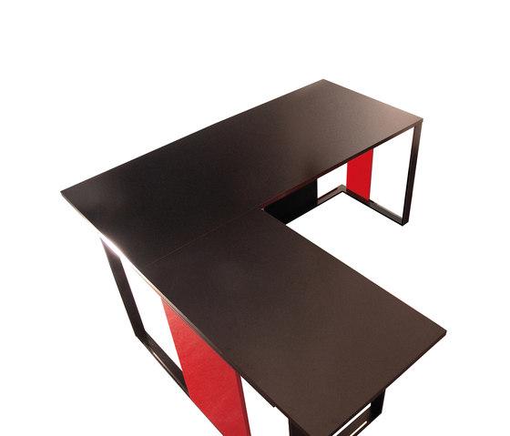 El's by José Martínez Medina | Individual desks