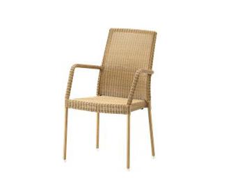 Newman Chair with Armrests de Cane-line | Sillas de jardín