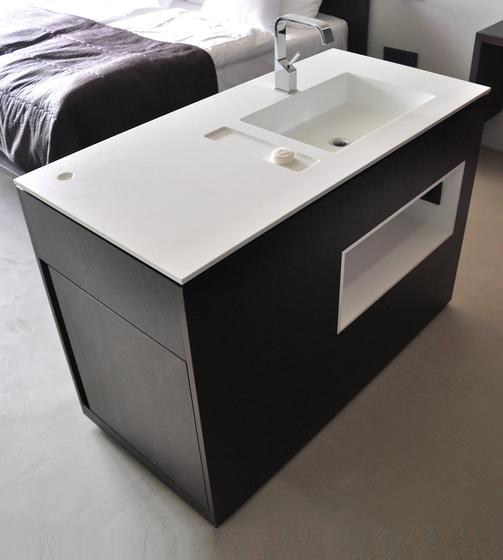 Basin Island de AMOS DESIGN | Lavabos mueble