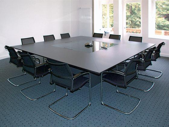 Confer Konferenztisch de Euskirchen | Mesas de conferencia multimedia