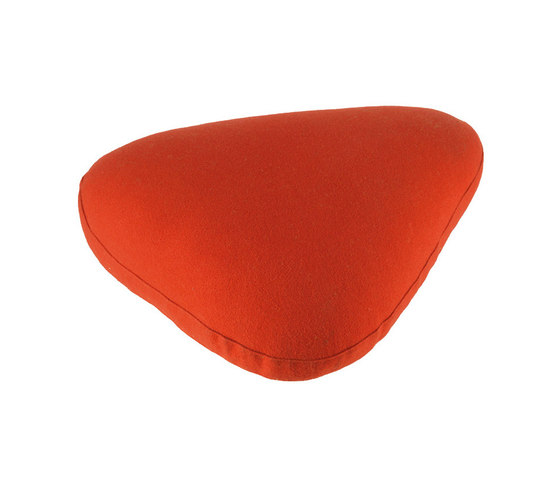 Zoom cushion Red by Nanimarquina | Cushions