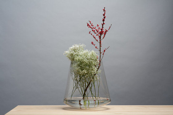 Straight A | Vase by Edition Nikolas Kerl | Vases